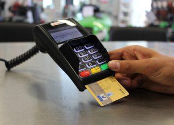De beste kredittkortene for reise i vinter